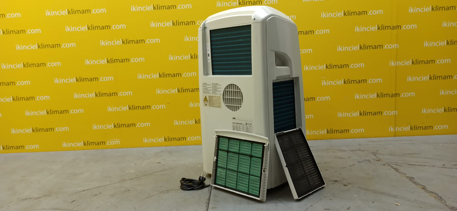 DELONGI PAC WE110ECO Pinguino ( Sadece Soğutma ) A Enerji Sınıfı 11000 BTU On-Off  Mobil Portatif Klima